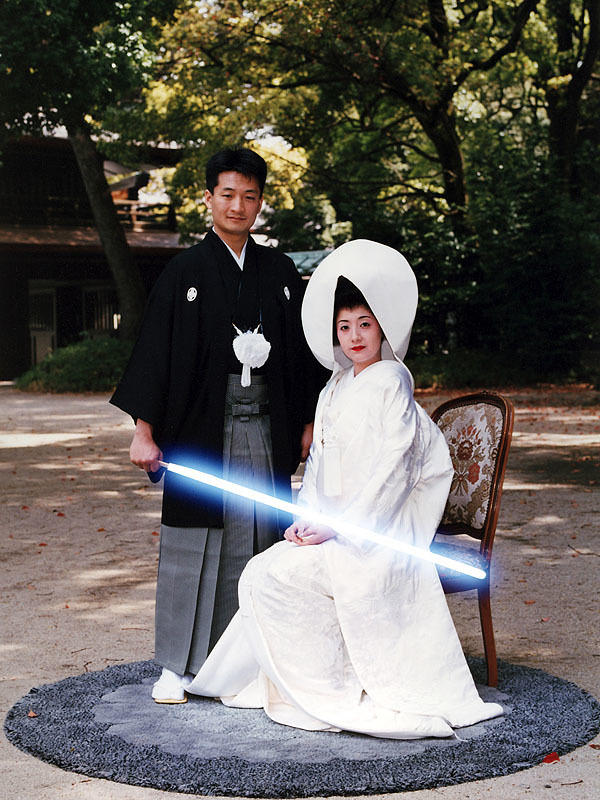 wedding-lightsaber